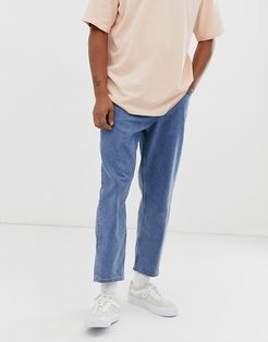 tapered jeans in 14 oz mid wash denim-Blue