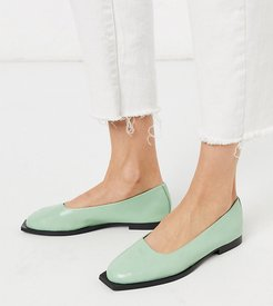 Exclusive Frankie flat shoes with squared toe in mint leather-Green