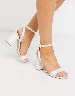 Bridal Wink heeled sandals in ivory satin-White