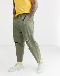 carrot loose fit jeans in khaki-Green