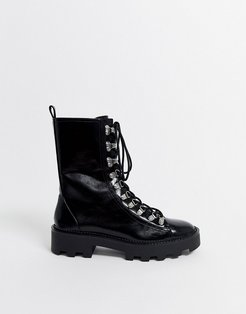 ski hook cleated sole boots in black