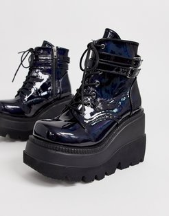 Shaker double buckle chunky flatform boots in black