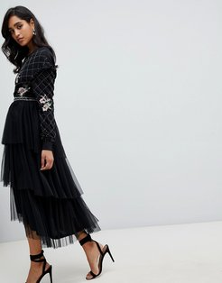 embroidered tulle midi skirt in black
