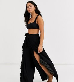 Exclusive frill beach pants in black