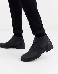 faux leather desert boots in black