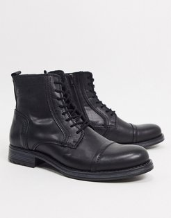 lace up leather boot in black