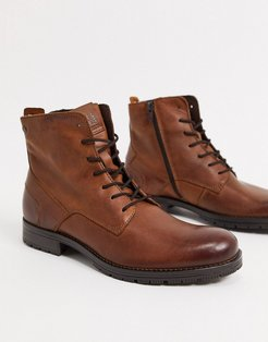 leather lace up boot in brown
