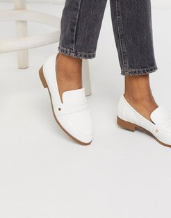 flat loafers in white croc