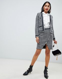 houndstooth asymmetric button front skirt in mono-Multi