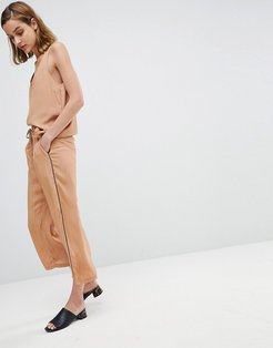 Wide Leg Pants In Spot With Contrast Piping Two-Piece-Tan