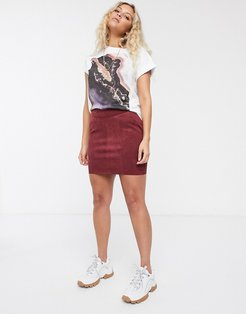 faux suede mini skirt in burgundy-Red
