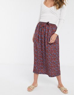 midi skirt in paisley print-Red