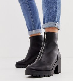 Exclusive Janella black chunky square toe boots