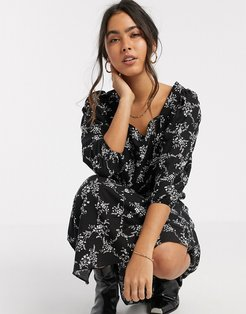 floral midi smock dress in black-Red