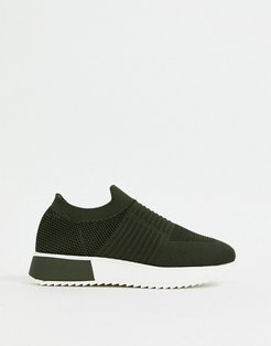 runner sneaker in Khaki-Green