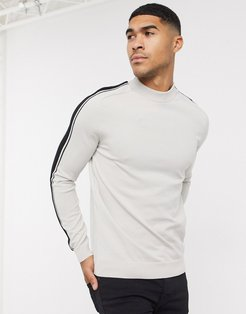 sweater in stone with arm stripe