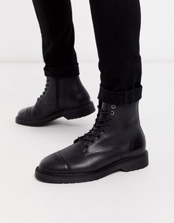 lace up leather hiker boots in black