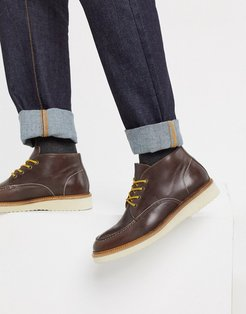 leather chukka boot in brown