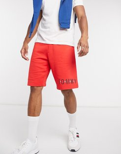 lounge shorts in red with logo