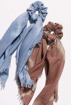 Daydream Scarf Pony by Free People, Elderberry Tea, One Size
