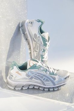 Asics GEL-Kayano 5 360 Women's Sneaker - Grey 5 at Urban Outfitters