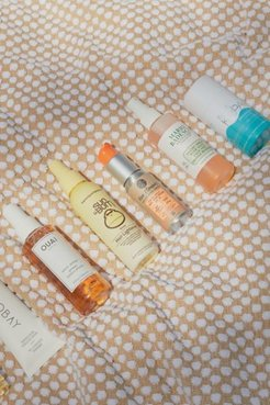 Tinted SPF 30 Face Moisturizer - Assorted at Urban Outfitters
