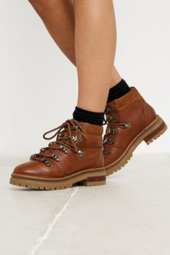 UO Bow Hiker Boot - Brown 8 at Urban Outfitters