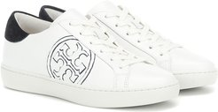 T-Logo leather sneakers