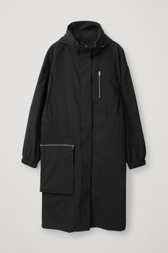PARKA WITH DETACHABLE POCKET