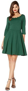 Smak Parlour for UV Scalloped 3/4 Sleeve Charmed Fit-and-Flare Dress (Emerald Green) Women's Clothing