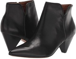 Dare 2 (Black Leather) Women's Shoes