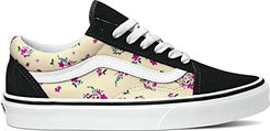 Old Skooltm ((Ditsy Floral) Classic White/True White) Skate Shoes