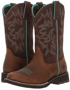 Delilah Round Toe (Distressed Brown/Fudge) Cowboy Boots