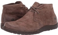 Nigel Chukka (Taupe Distressed) Men's Lace-up Boots