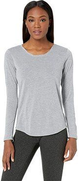 Distance Long Sleeve Top (Heather Ash) Women's Long Sleeve Pullover