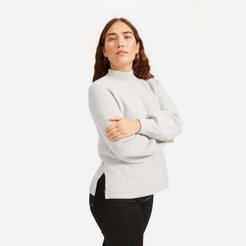 Premium Cashmere Mockneck Sweater by Everlane in Light Heather Grey, Size M