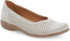 Avril Perforated Flat