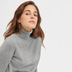 The Cashmere Turtleneck Sweater by Everlane in Heather Grey, Size S
