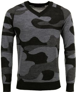 Vincent V-Neck Sweater In Woolcamo Charcoal