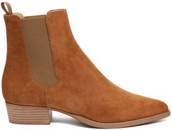 Robie Chelsea Boot In Tan Suede