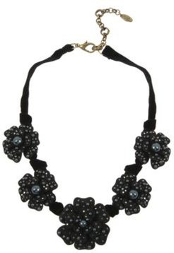 New York Large Flower Frontal Necklace