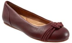 SoftWalk Sonoma Knot Flat Women's Shoes