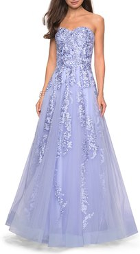 Strapless Sweetheart Tulle Ball Gown with Floral Lace Applique