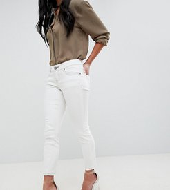 ASOS DESIGN Petite Whitby low rise jeans in off white with contrast stitching - White
