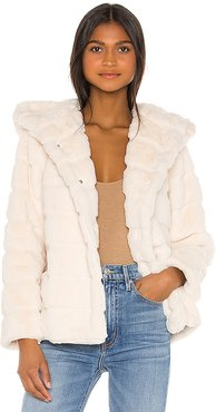 Goldie Faux Fur Jacket in Ivory. - size M (also in L,S,XS)
