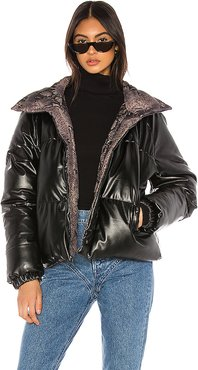 Vegan Leather Reversible Puffer in Brown. - size M (also in S,XS,L)