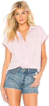 Capsleeve Pocket Button Down in Pink. - size S (also in M)
