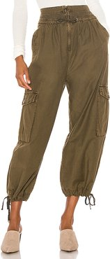 Fly Away Parachute Pant in Green. - size 0 (also in 4,2)