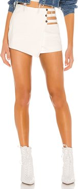 Hillary Cut Out Skort in White. - size XL (also in XXS,XS,S,M,L)