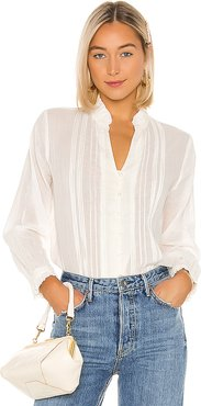 Finley Pintuck Blouse in White. - size M (also in S,XS)